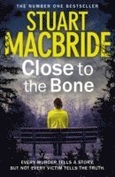 Logan Mcrae (8) - Close To The Bone (h�ftad)