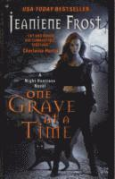 One Grave at a Time (h�ftad)
