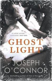 Ghost Light (inbunden)