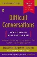 Difficult Conversations: How to Discuss What Matters Most (pocket)