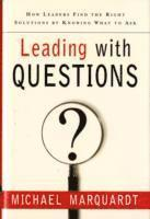 Leading with Questions (inbunden)