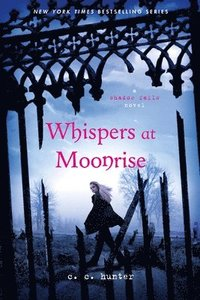 Whispers at Moonrise (h�ftad)