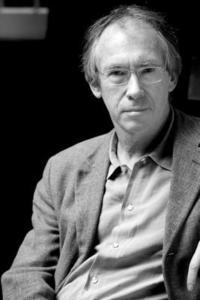 Conversations with Ian McEwan (h�ftad)