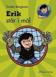 Erik står i mål