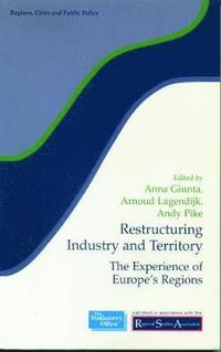 Restructuring Industry and Territory (häftad)
