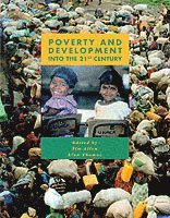 Poverty and Development (häftad)