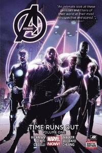 Avengers: Time Runs Out Volume 1 (inbunden)