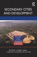 Secondary Cities and Development (inbunden)