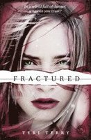 SLATED Trilogy: Fractured (häftad)