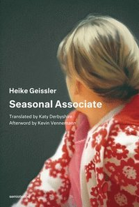 Seasonal Associate (häftad)