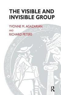 The Visible and Invisible Group (häftad)